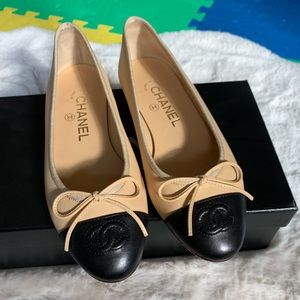 Authentic Chanel classic flat shoes